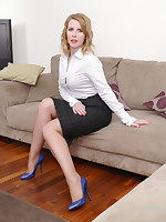 Kinky Milf Jenny comes home from work and gives you a tour take a pair be advisable for very sexy blue high heel shoes