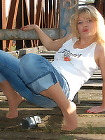 Pantyhoseangel.com ~Where Pantyhose Dreams Come True~ Outdoor with Angel in jeans and suntan pantyhose