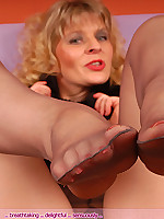 :.Pantyhoseangel.com.: Angel in grey colored and sheer pantyhose
