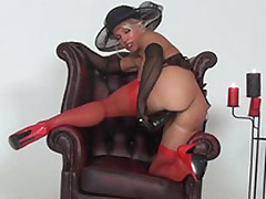Blonde Lana punishes her pussy with a expansive dildo