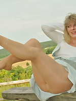 Angel Outdoor in suntan pantyhose and a jeans summer dress