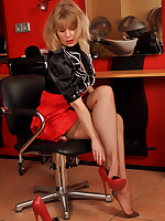 Investor Lovette in claasic 50`s RHT Stockings