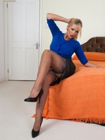 Buxom Lucy Zara in her tight pencil skirt and ff nylons!