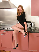 stilettoetease.com the ultimate women teasing you connected with their high heels and stilettos