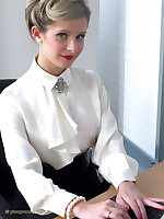 Office glamor latitudinarian Elle Richie in satin lingerie does everything to make her Mr Big brass happy. Do you want to be her boss?